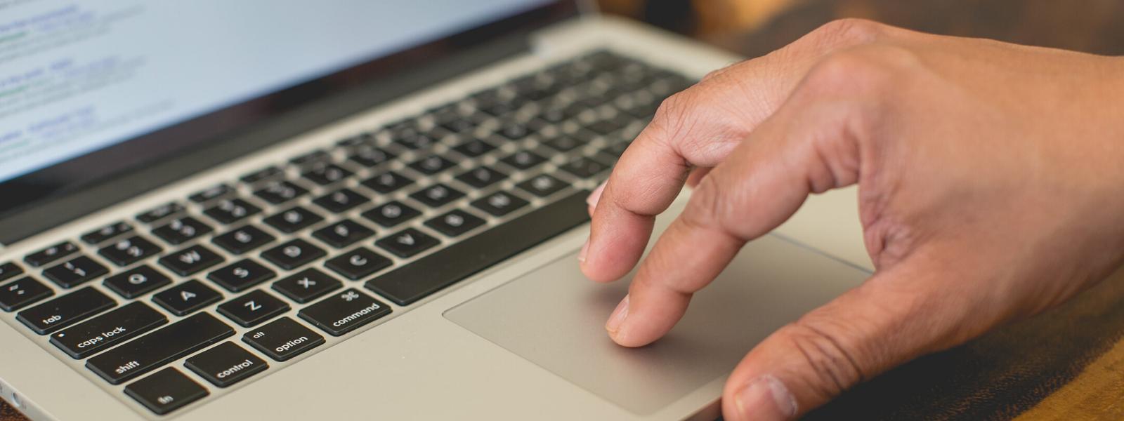 Laptop-Website Header Image